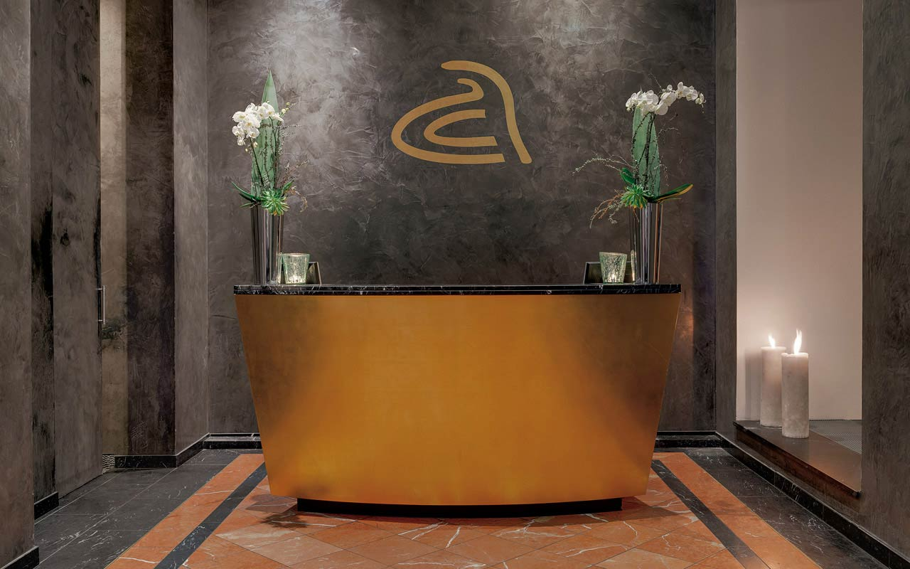 anna hotel - Front desk / Lobby